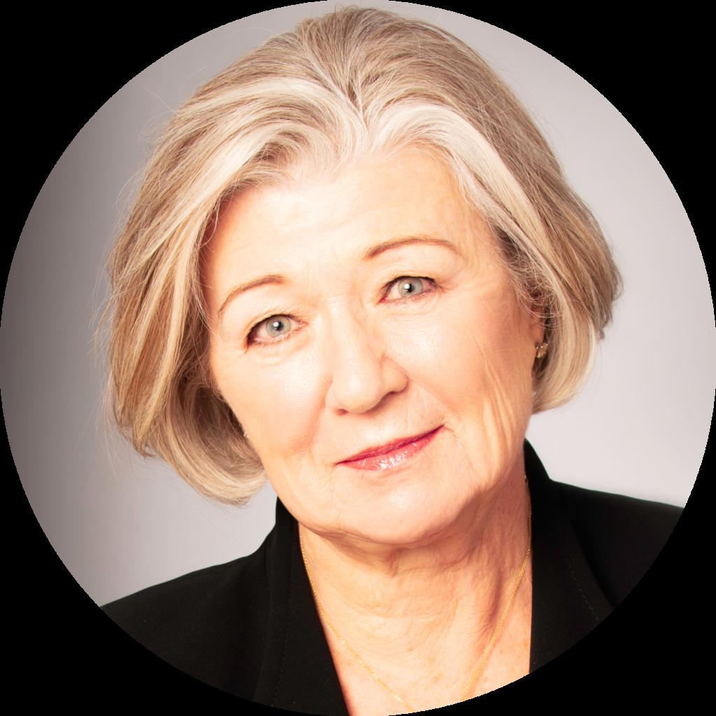 Nancy Tuor headshot